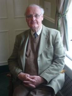 trustee-geoffrey-tapper-chairman